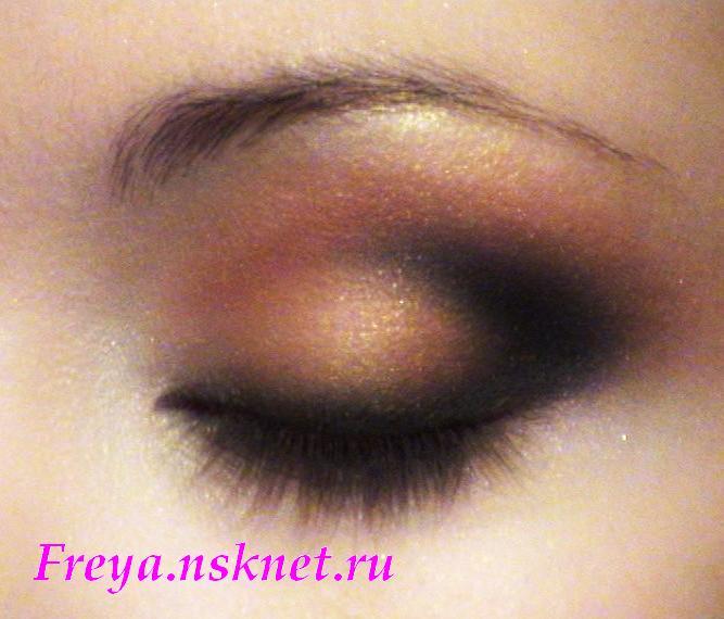 Вечерний макияж, выполненный в