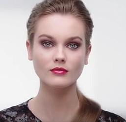 Два варианта рождественского макияжа 2015 от CHANEL | FRaIa